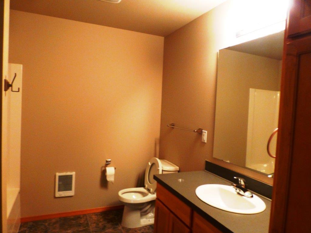 2nd Bath 105